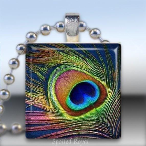 Scrabble Tile Pendant......Love Peacock feathers!