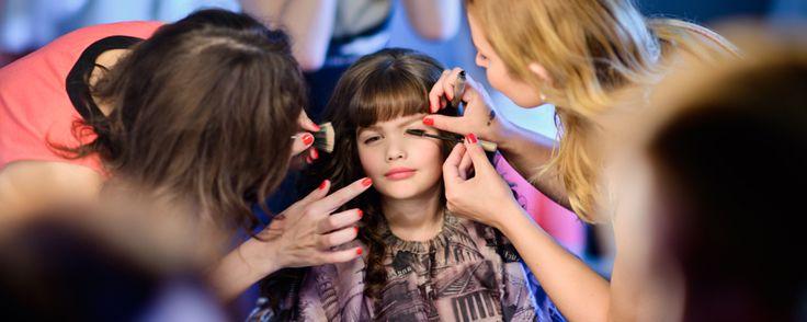 """Курс """"Модельное искусство""""- это комплекс знаний, который позволяет детям уверенно начать модельную карьеру.В ходе обучения юные моделиприобретают самые разные навыки, которые обязательно пригодятся ..."""