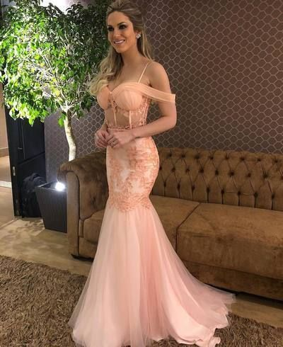 Beautiful Mermaid Prom Dress Sweetheart Neck Spaghetti Straps Backless Appliques Sweep Train Custom Evening Party Gown