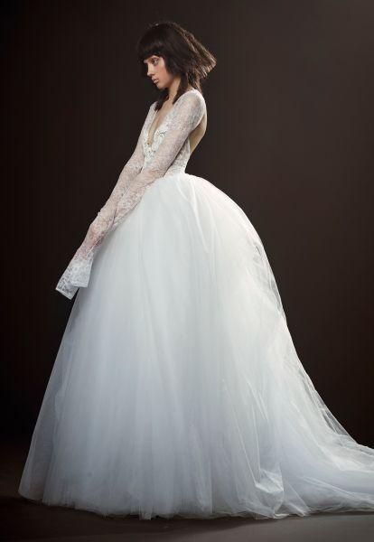 Robes de mariée Vera Wang 2018 : une collection atypique et totalement différente Image: 19