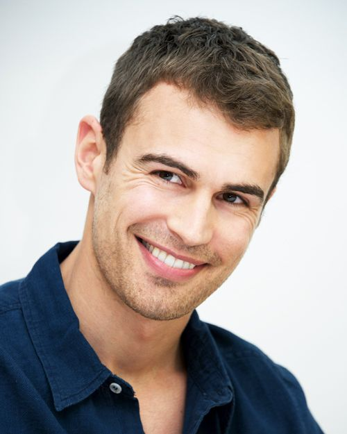 There are few actors who've got that whole smoldering-at-all-times thing down as well as Theo James. I'm guessing that was one of the factors that went into Hugo Boss's decision to tap the handsome Brit as the face of...