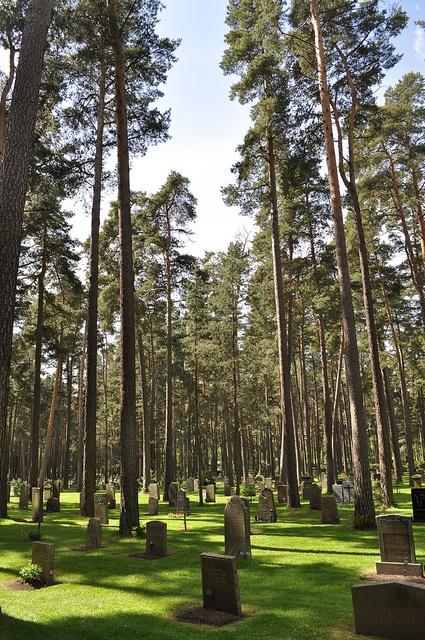 Gunnar Asplund & Sigurd Lewerentz - Woodland Cemetery by isaiahk, via Flickr