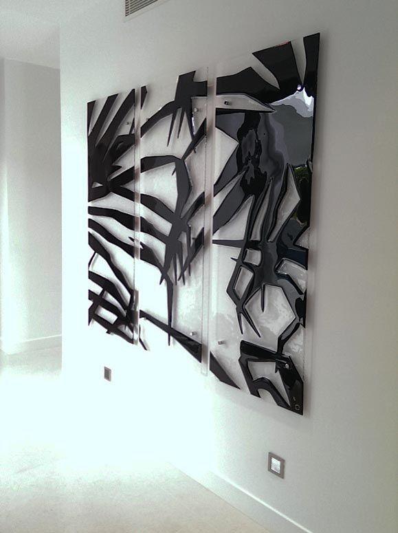 http://glassartgallery.com.au/portfolio/pandanas/