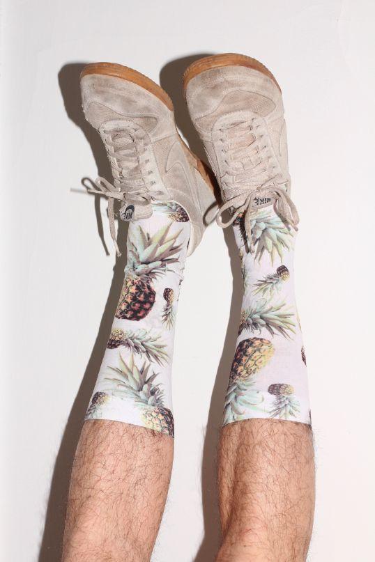Image of MENS : White Pineapple Socks