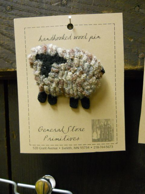 Little Wooly Sheep Pin -rug hooking