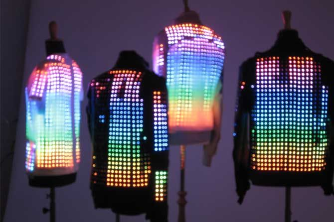 Cute circuit - wearable technology ~~~~Wow these are way better then the crappy ones they sell at the mall kiosks.