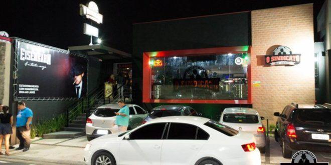 'O Sindicato' lança noite de karaokê com banda ao vivo