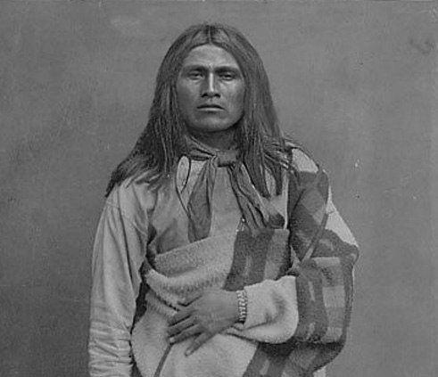 Apache men