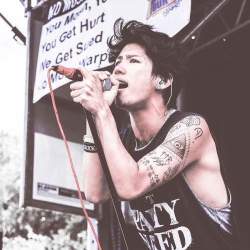 Taka in the warped tour 2014 // ONE OK ROCK
