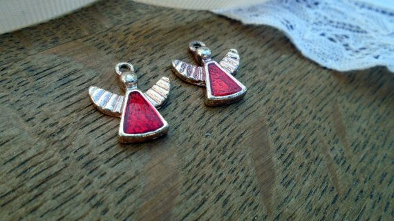 Beautiful vintage angel charms sold individually.