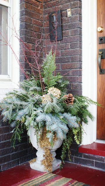 Winter inspired urns