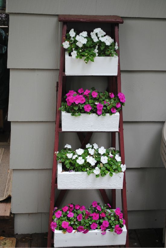 a fun idea for my vintage step ladder.