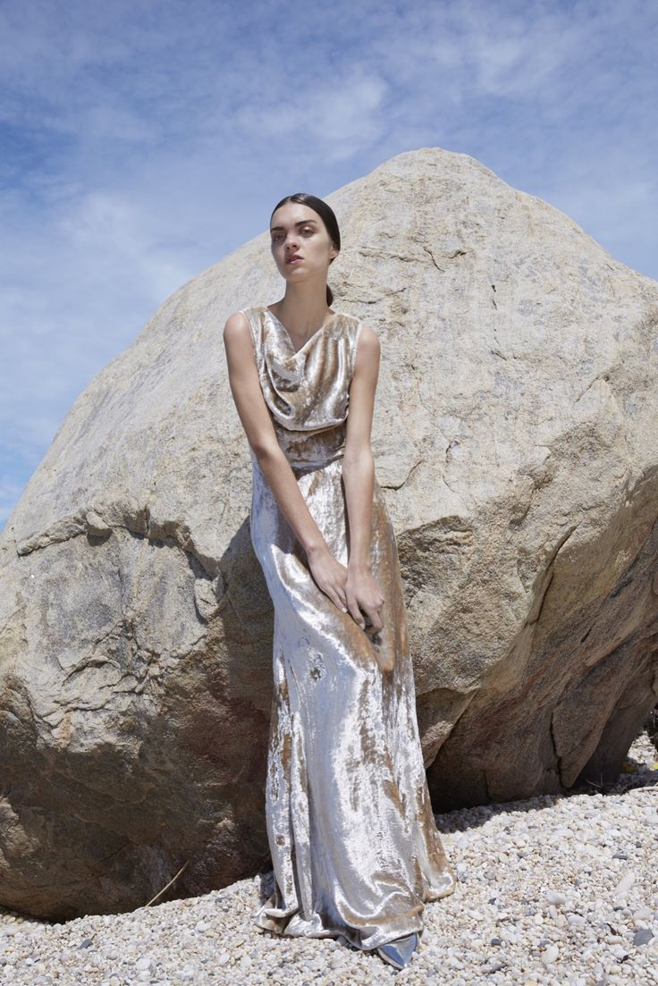 Co Resort 2016 - Look 8 - to die for sumptuous crushed velvet white/fawn gown with cowl neck