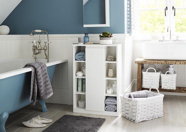 Home Bathroom Inspiration Ideas. Scandinavian. Teal painted bathroom with white bathroom furniture.