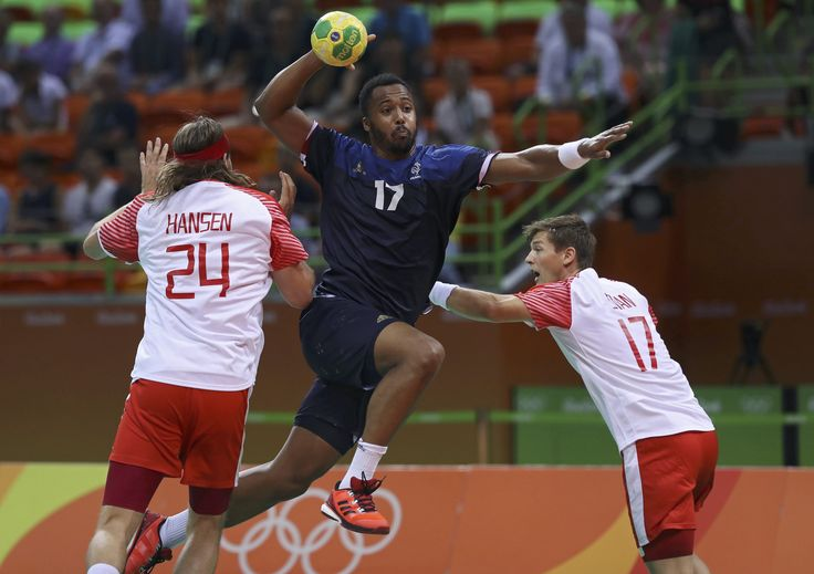 Rio 2016 - Handball - France wins over Denmark (3500×2470)