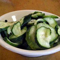 Jestine's+Icebox+Pickles+by+www.foodandphoto.com