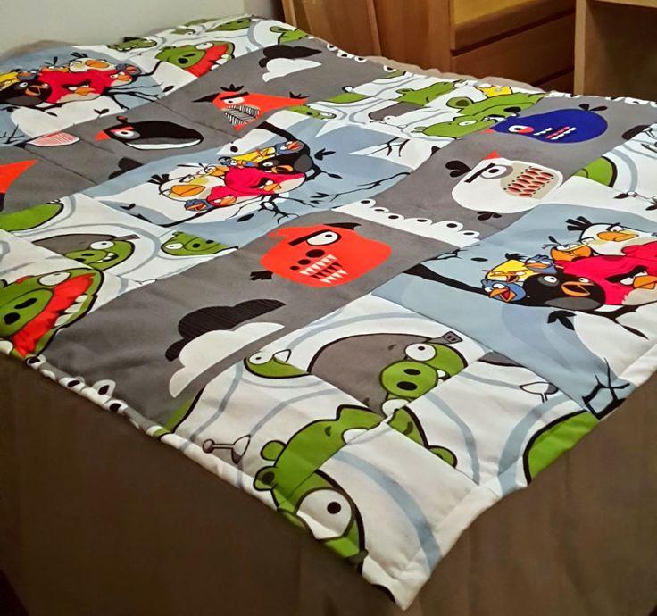 Crest:n käsityöt: Angry Birds -päiväpeitto