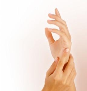 Tratament unghii tari maini catifelate