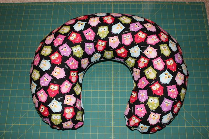 Boppy Pillow Cover Tutorial- best tutorial out there- great details!!!
