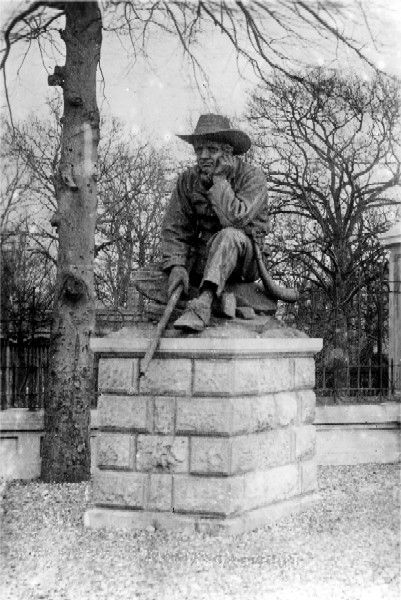 Boer Statue, location uncertain, but on the roll of honour site as near the South African Memorial Arch, Brompton Barracks, Gillingham, Kent, England.