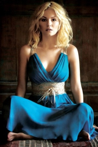 Elisha Cuthbert in a beautiful blue dress