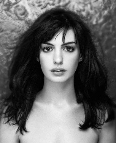 Anne Hathaway has a giraffe neck like me... this is a good length.