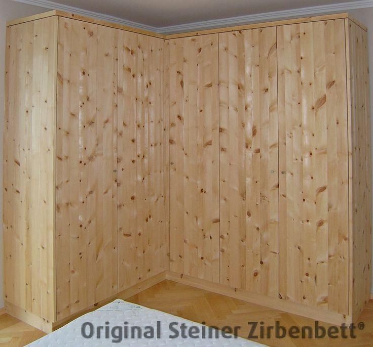 Lovely Zirbenholz Eckschrank mit grifflosen T rfronten Schlafzimmer Kleiderschrank mit Eckteil aus massivem Zirbenholz von Steiner Zirbenbett Manufaktur