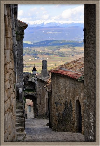Lacoste, Provence, Luberon, Vaucluse, France.