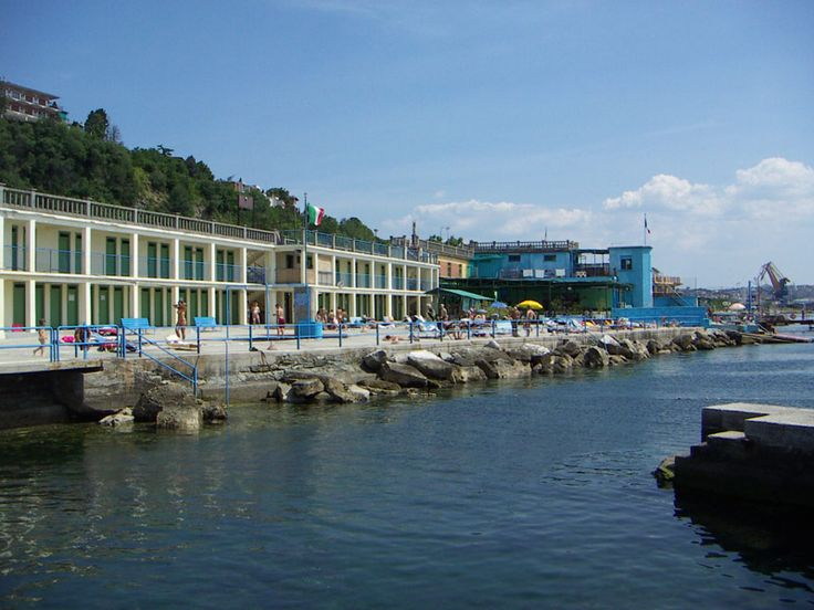 55 best images about trieste andare al bagno on pinterest boats we and originals - Bagno ferroviario trieste ...