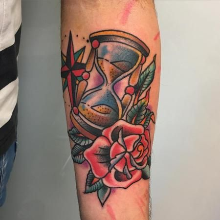 Tattoos - Reloj de arena y rosa tradicional - 117430