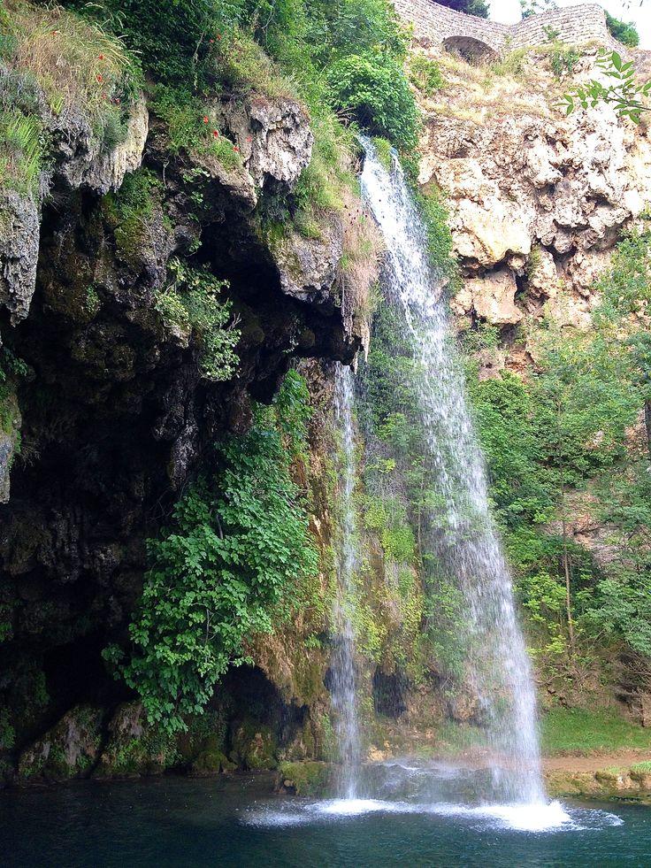 Il est un endroit magique non loin de Rodez, où beaucoup s'arrêtent, même quelques instants, ou même n'hésitent pas à faire un détour. Est-ce...