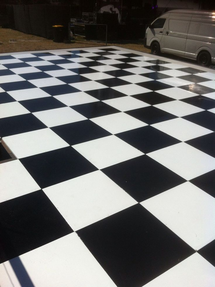 Big beautiul black & white check painted floor at the 2016 J&B Met - for Chattels