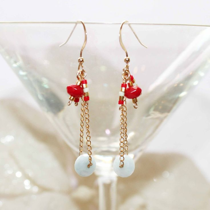 fr_boucles_d_oreilles_en_plaque_or_gold_filled_rouge_bleu_dore_pierres_fines_aigue_marine_et_bambou_de_mer_