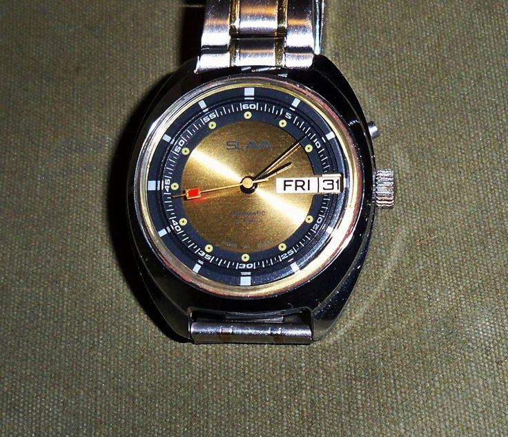 Slava 27 Jewel Automatic Dual Mainspring w Day-Date GSB 1981 (2427)