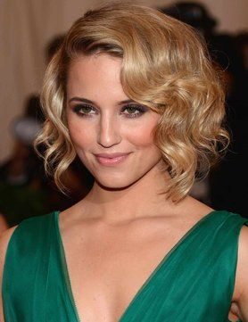 sort of angledShort Hair, Hairstyles, Shorts Hair, Dianna Agron, Makeup, Hair Cut, Diannaagron, Hair Style, Curly Hair
