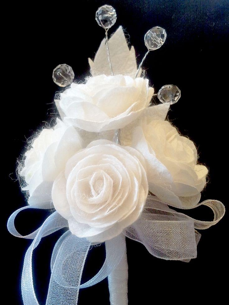 İpek Kozasından Gül Yaka Çiçeği Sipariş vermek için: www.ipekelsanatlari.com - info@ipekelsanatlari.com Rose (boutonniere) made of silk cocoon Buy it Online! www.ipekelsanatlari.com - info@ipekelsanatlari.com - WhatsApp: 05363642162 #ipek #koza #cicek #rose #ipekbocegi #damat #yakacicegi #dugun #nisan #ceyiz #aksesuar #moda #gelinmodasi #tasarim #groom #wedding #silk #rose #cocoon #handmade #boutonniere #crafts #doityourself #diycrafts #design #flower #fashion #accessories