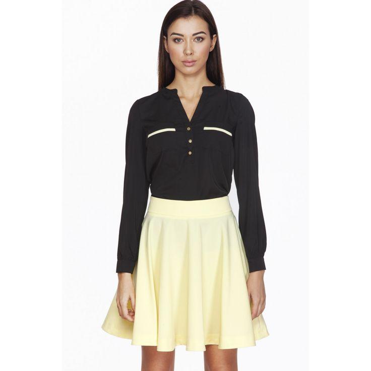 Bluza de dama neagra cu decolteu in V cu 3 butoni decorativi 129.90 RON  #Bluzaofficeneagra