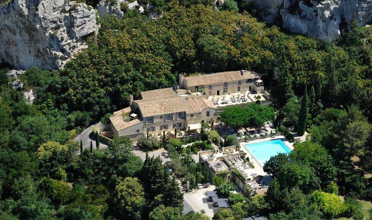 ~ L'Oustau de Baumanière & Spa - 5 star hotel in the Baux de Provence: Claire recommends for lunch stop in Les Baux