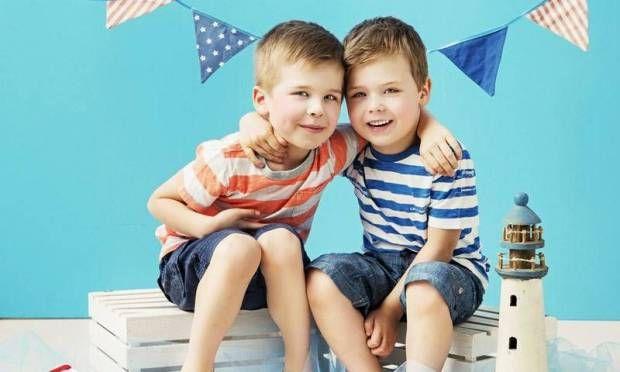 Çocukların arkadaş seçiminde ebeveynlerin 6 rolü - Oyun günleri organize ederek arkadaşları ile bir araya gelmesini sağlayın. http://www.hurriyetaile.com/cocuk/oyun-ve-aktiviteler/cocuklarin-arkadas-seciminde-ebeveynlerin-6-rolu_18573.html
