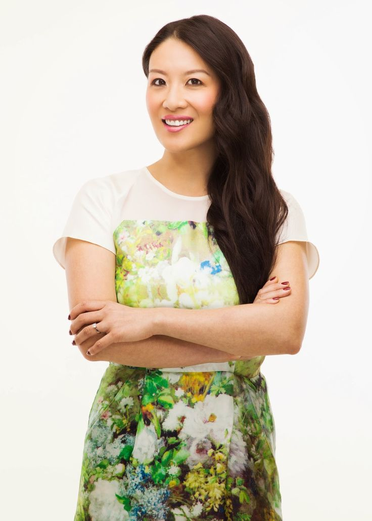 Lainey Lui: Behind the Scenes at THE SOCIAL - my interview with the celebrity gossip queen!