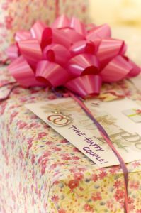 How to save money buying gifts
