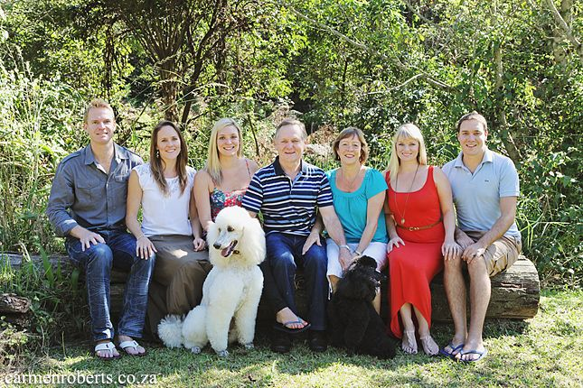 Carmen Roberts Photography, Cloete Clan, big family shot.