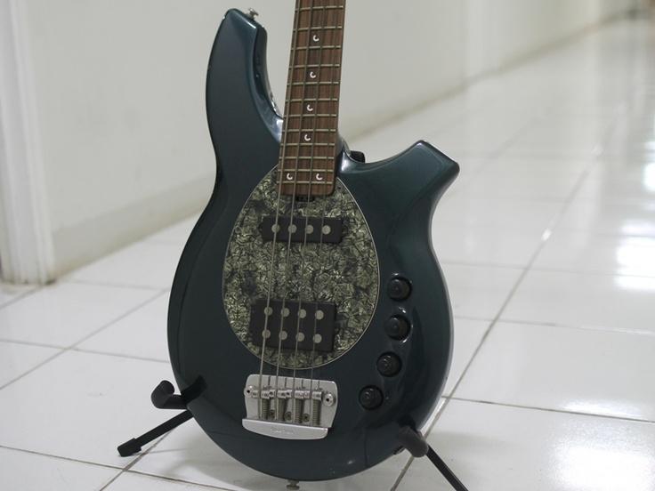 Musicman Bongo Bass   12jt