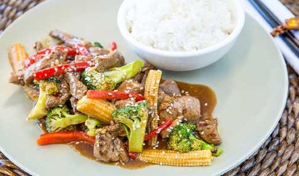 STIR FRY BEEF AND VEGETABLES in just 10 minutes!