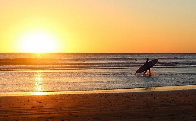 Alguma vez você já passou um dia na praia e voltou para casa sentindo-se relaxado e rejuvenescido? Você pode concordar prontamente que a praia tem um efeit