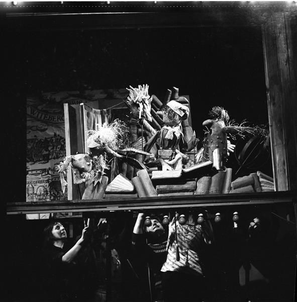 """Carl Schröder – Devils and Hans Wurst from """"Das Puppenspiel vom Dr. Faust,"""" Puppentheater Magdeburg, 1976/77"""