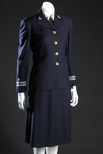 WAVE uniform, Mainbocher, 1942.