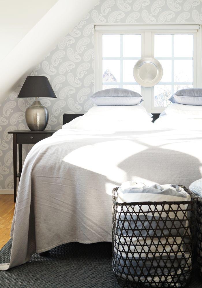 Add Simplicity: sovrum i blågrått