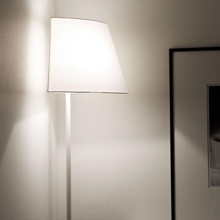corner lamp. friggin brilliant