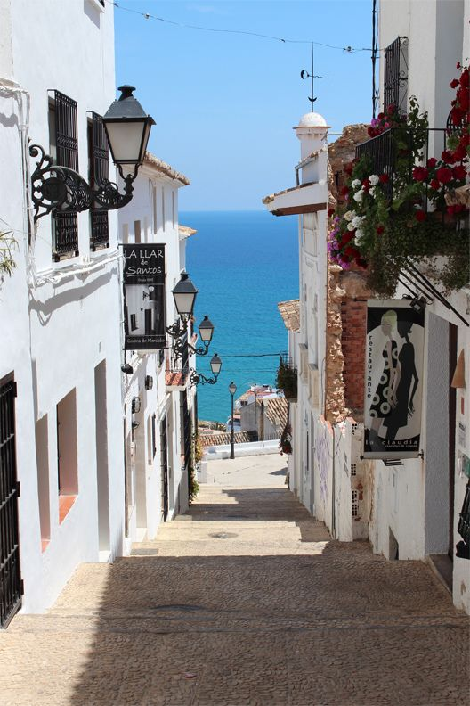 Streets of Altea, Alicante | Spain (by Russ David)